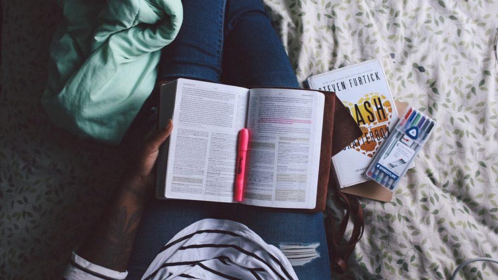 Mit Büchern Sprachen lernen